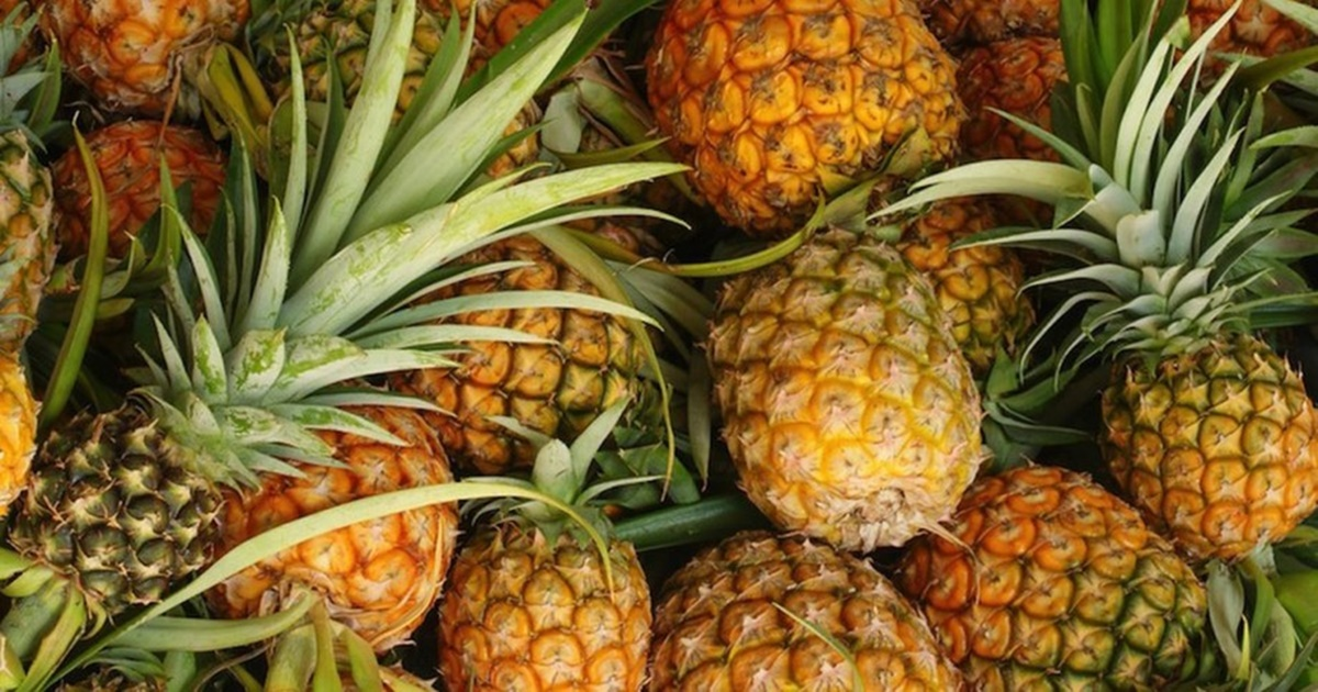 Why Adding Pineapple Gives A Healthy Punch of Flavor