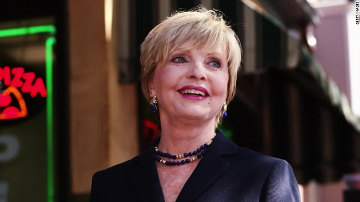Brady Bunch Mom, Florence Henderson Dies at 82