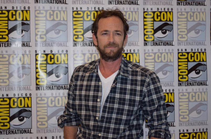 90210 Star Luke Perry Talks Colon Cancer Scare