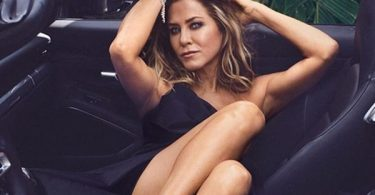How Jennifer Aniston Stays In Shape!