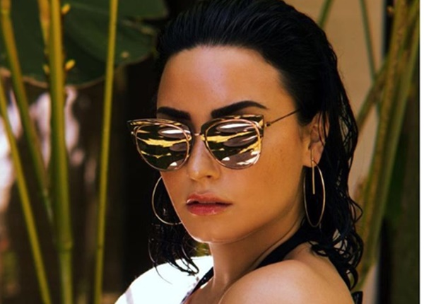Demi Lovato Staying in Rehab Until 2019