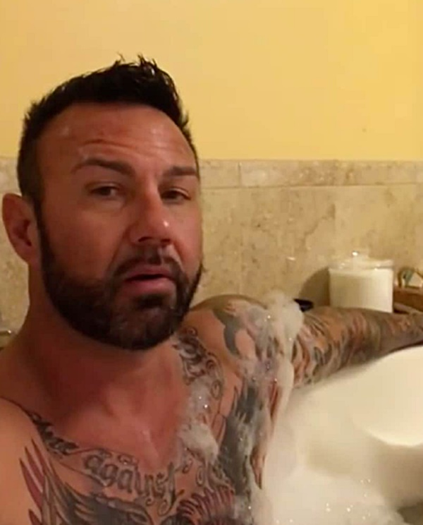 Suds and Studs: 10 Celebrity Hunks in the Tub