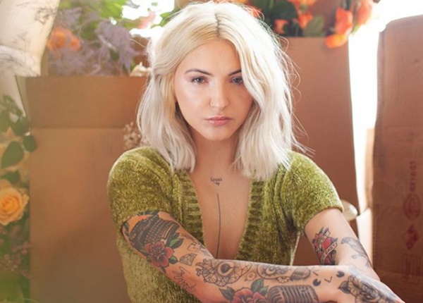 Julia Michaels: People Should ''Talk'' About Their Problems
