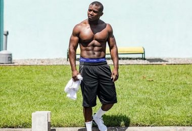 How OT Genasis Keeps His Butt Looking So Good