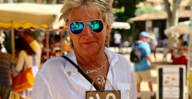 Rod Stewart ALL-CLEAR Of Cancer