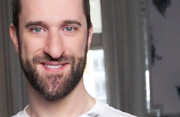 """""""Saved by the Bell"""" Star Dustin Diamond Dead at 44"""